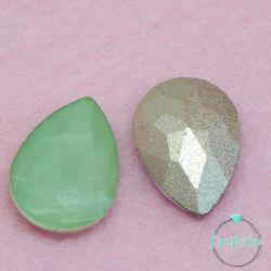 2 Pz Goccia 13x18mm  in vetro sfaccettato  Verde opal