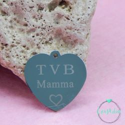 """Ciondolo Cuore 22 mm in acciaio scritta """"TVB Mamma ♡"""""""