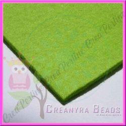 Foglio in Feltro Verde Mela  30x30 mm spessore 2 mm