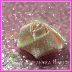 4 Pz Bocciolo di rosa colore Pesca doppio raso con feltrino