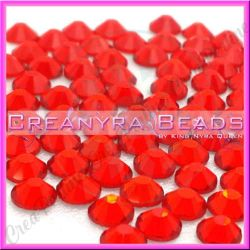 50 Pz Strass hot fix Rosso SS16 4 mm