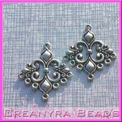 2 Pz base orecchini Candeliere Araldico in metallo argento antico