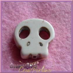 4 Pz Perla Teschio piatto in pietra dura howlite Bianco 22x20 mm