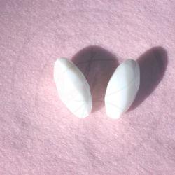 Perla Ovale in vetro sfaccettato bianco 30x14mm