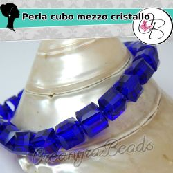 5 Pz Perla Cubo sfaccettato Blu in mezzo cristallo 10 mm