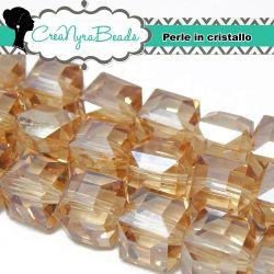 Perla Cubo mezzo cristallo 10 mm Silk Luster - 5 pezzi
