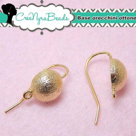 1 paio monachelle tono oro orecchini  con pallina decorativa in ottone