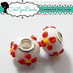Perla  lampwork bianco fiore rosso con foro largo 15x10mm